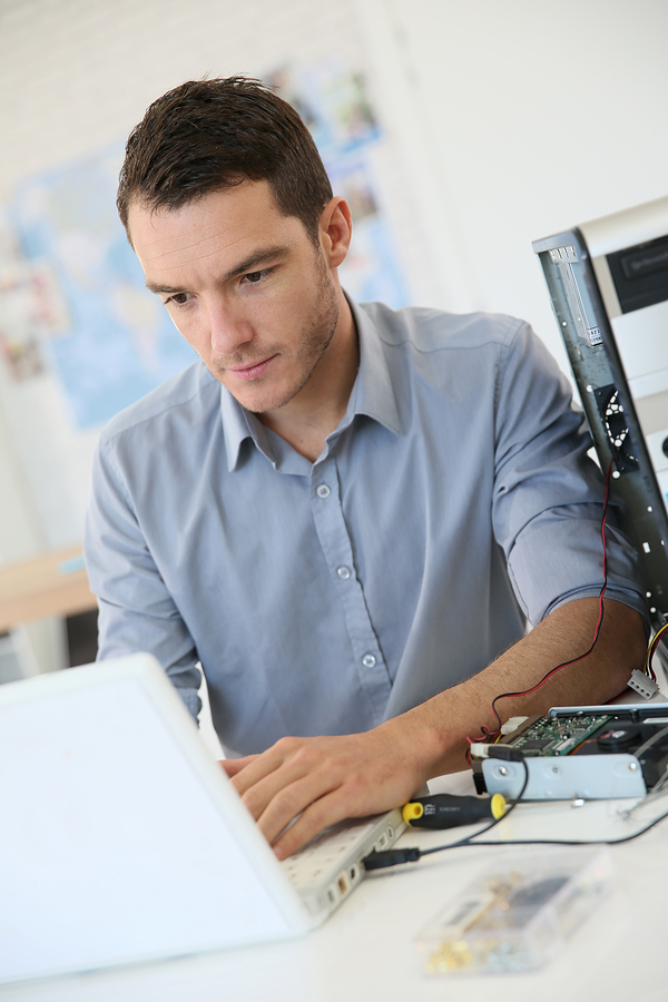 Technicien informatique à domicile